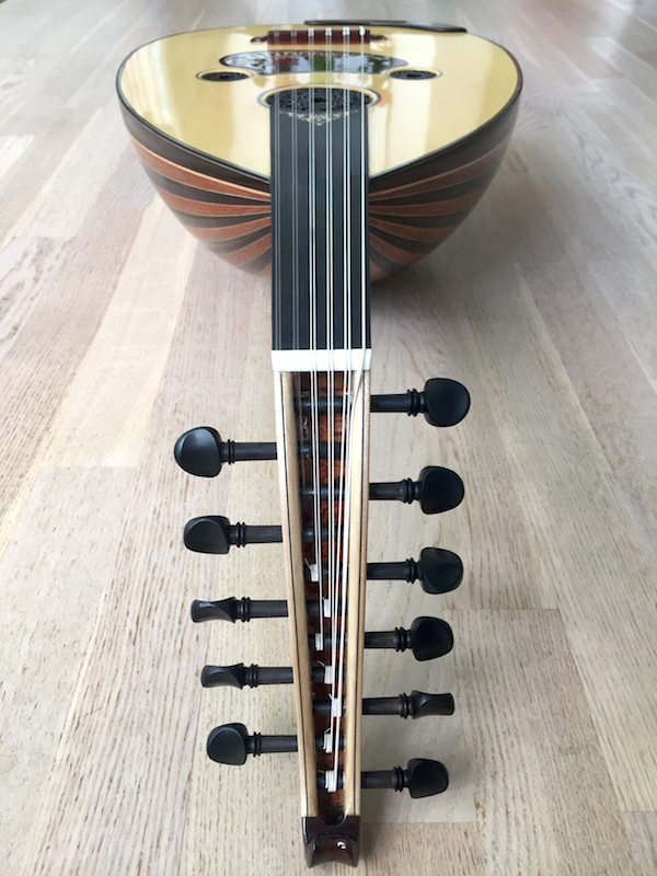 Faruk Türünz Arabic Oud Front Close